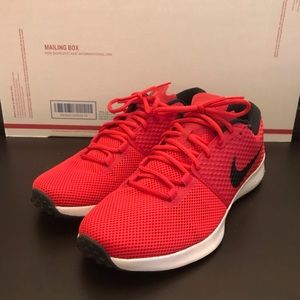 Nike TR2 Mens Running Shoes 10.5 NEW